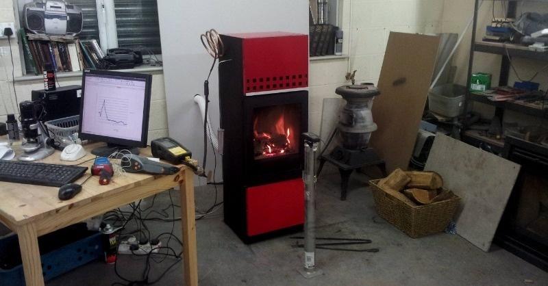 Füstmentes, kondenzációs fatüzelésű kazán
