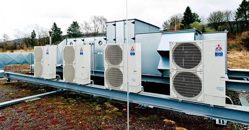 Légkezelők direkt elpárologtatós hűtése és fűtése