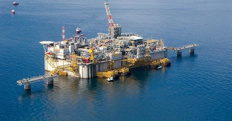 Úszó LNG-terminált avatott a Gazprom