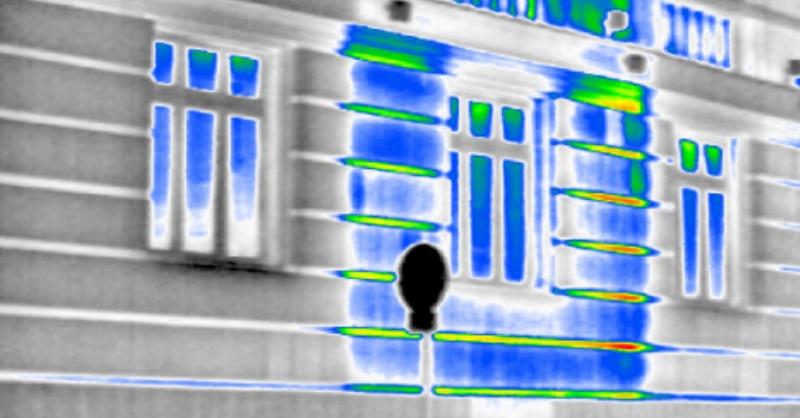 Rejtett épületkonstrukciós elemek felderítése termográfiával
