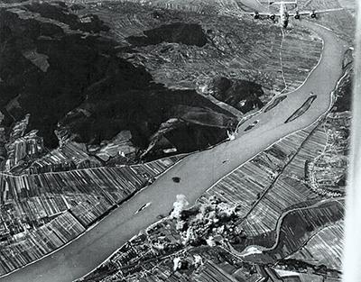 Bombázás 1944-ben